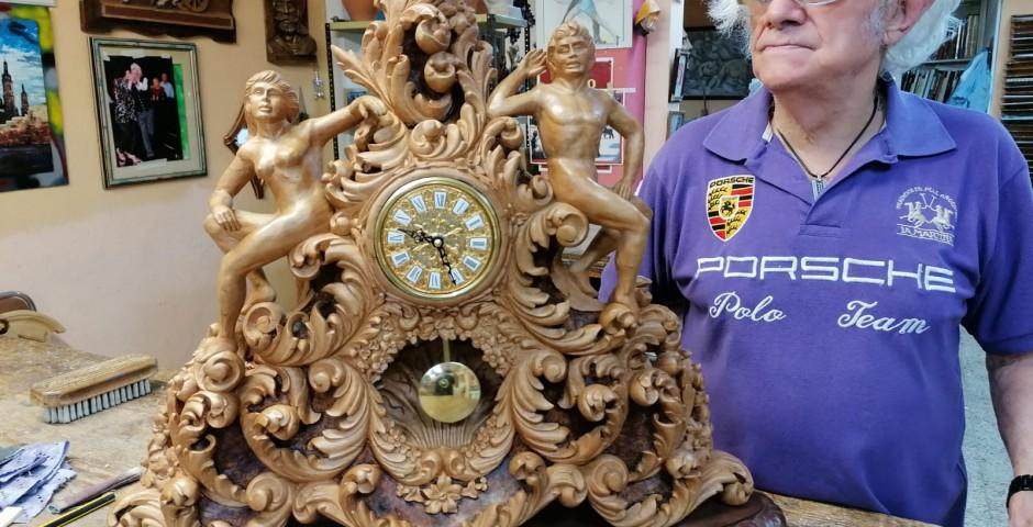 Reloj de madera abedul 65x65  PVP 5000 €